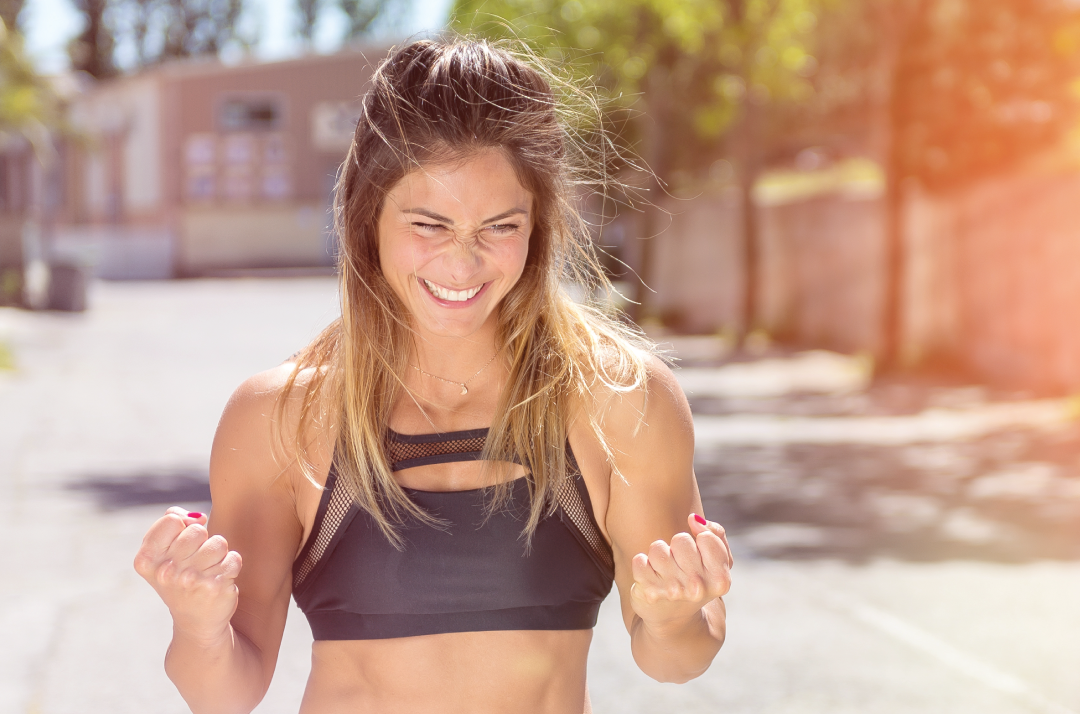 young fit women who has overcome fitness excuses